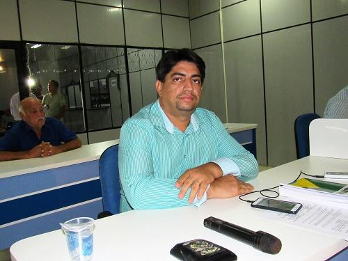 Vereador Elcinho Gírio, relator da comissão de Redação e Justiça /Foto: Sandro Vagner
